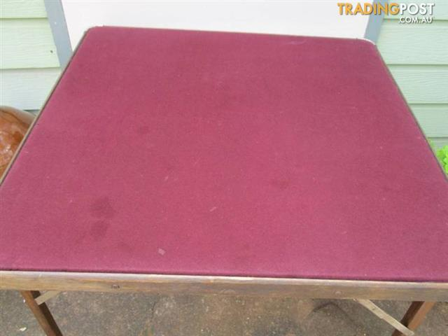 FELT TOP CARD GAMES TABLE