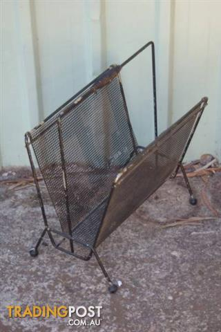 Vintage retro MAGAZINE RACK newspaper holder