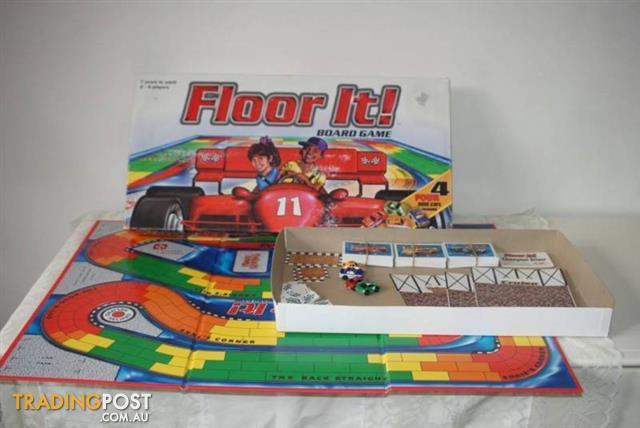 FLOOR IT BOARD GAME CorPre Racing Car