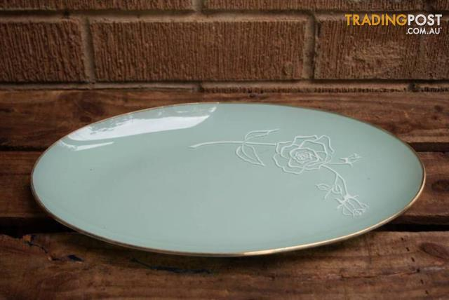 Vintage GLASS PLATE Green Jadite look Sprayware