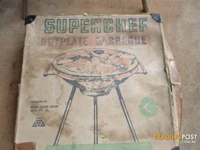 Vintage Retro Portable BBQ SUPERCHEF with carry CASE