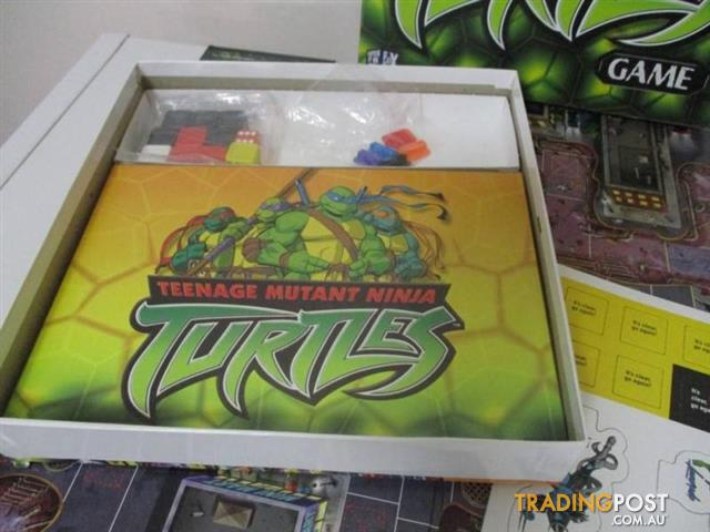 TEENAGE MUTATANT NINJA TURTLES BOARD GAME