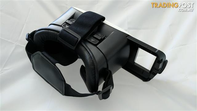 Virtual Reality VR headset - Suits most smartphones