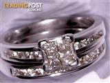 Stunning 9ct 1ct diamond white gold engagement ring & wedding band
