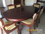 Elegant Dinning Table with 6 Chairs