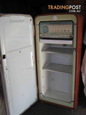 Antique Fridge Freezer Kelvinator Leonard Vintage 1950