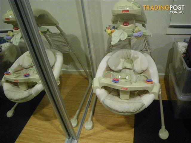 FISHER-PRICE NATURE'S TOUCH BABY PAPASAN CRADLE SWING J6978 BABY BOUNCER