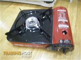 PINE TREE CI-153S PORTABLE COOKING GAS STOVE IN CARRY CASE & FULL GAS BOTTLE