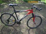 MERIDA MATTS SPORT 300 RACE LITE HYBRID BICYCLE 24 SPEED BIKE 700C TYRES HARDTAIL CYCLING