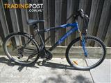 """SOUTHERNSTAR APOGEE MOUNTAIN BICYCLE 18SPEED BIKE 26""""TYRES CYCLING"""