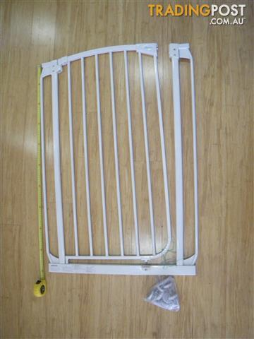 DREAMBABY CHELSEA 1M TALL SAFETY GATE & MOUNTING BOLTS BABY GATE PET GATE