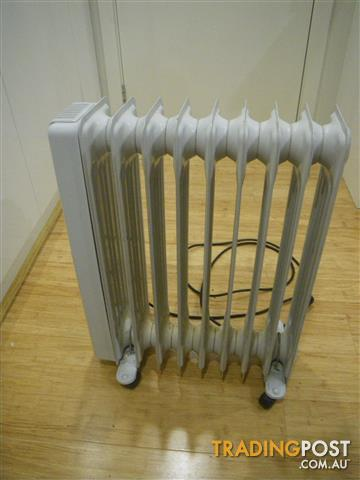 MISTRAL MCH-9/2000 9 FIN OIL COLUMN RADIANT HEATER PORTABLE ROOM HEATING