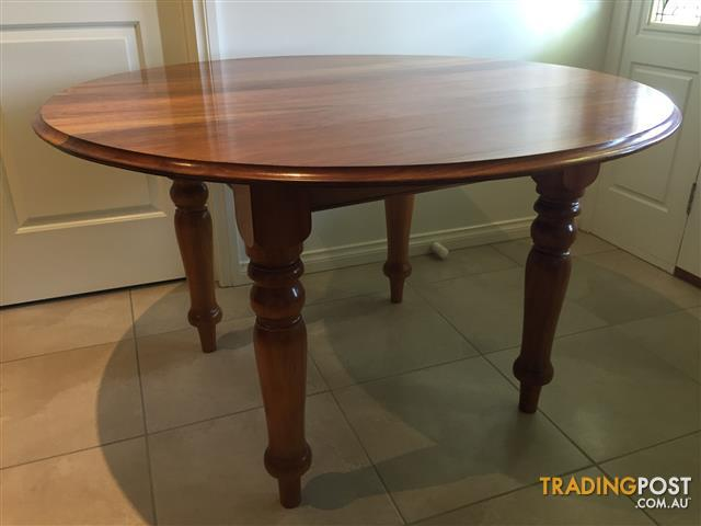 Blackwood Round Dining Table 6 Chairs