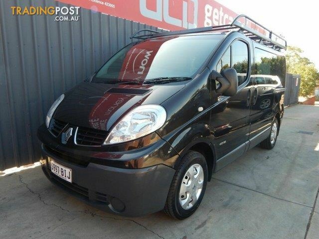 4248fe634a 2013-Renault-Trafic-Low-Roof-Quickshift-X83-Phase-3-Van