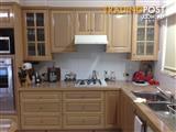Tassie Oak kitchen