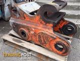 Hydraulic quick hitch for 30-40 tonne excavator