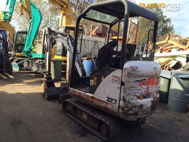 Bobcat 323 J excavator