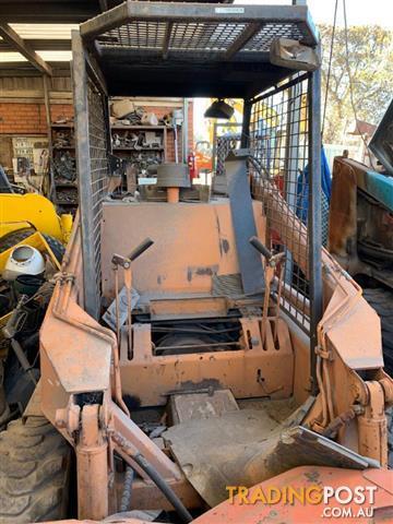 Case 1835 skid steer loader