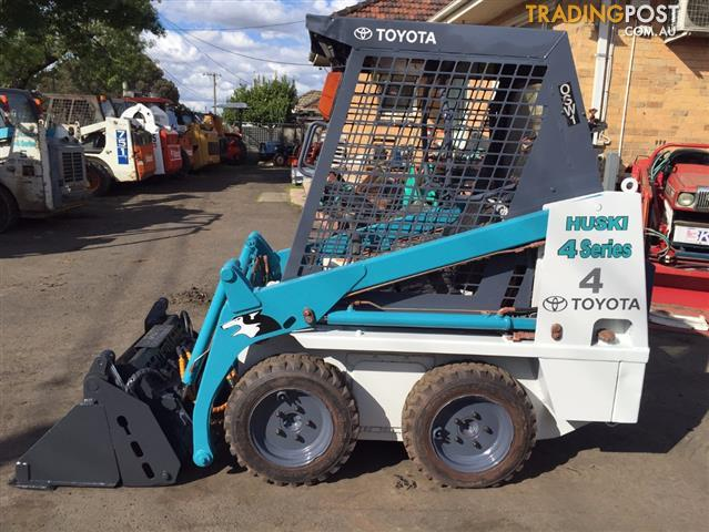 Toyota 4SDK4 skid steer loader