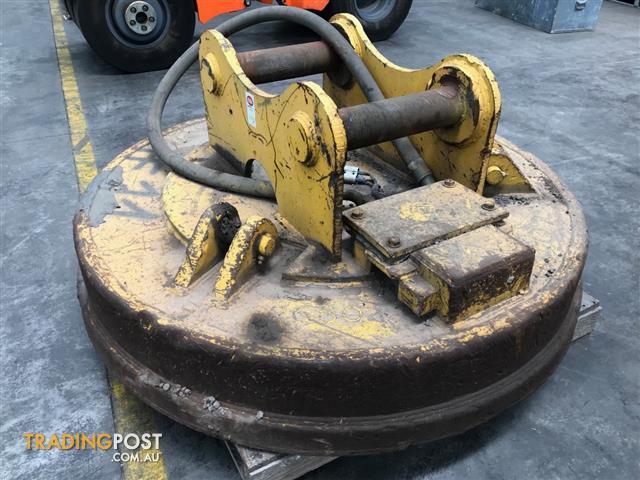 Scrap metal Magna and generator