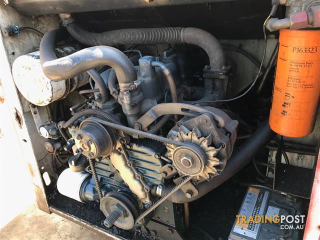 Bobcat-743-skid-steer-loader