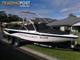 2007 Moomba Outback, Center mount, Ski/Wakeboard, Full covers.