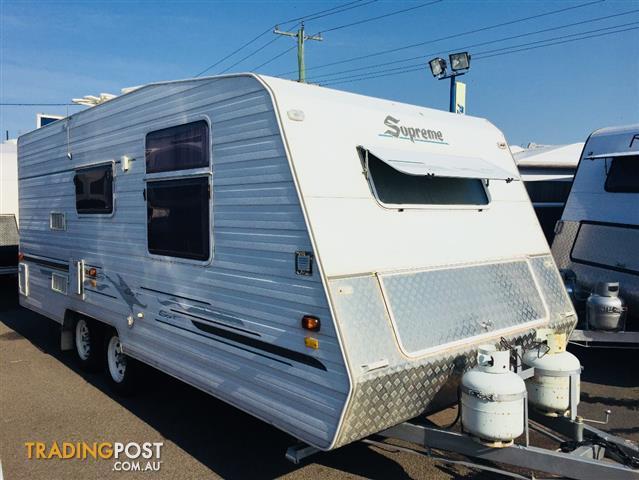 Used 19x76 2002 Supreme Spirit Caravan