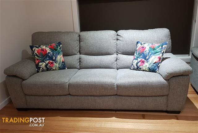 3 seater couch.