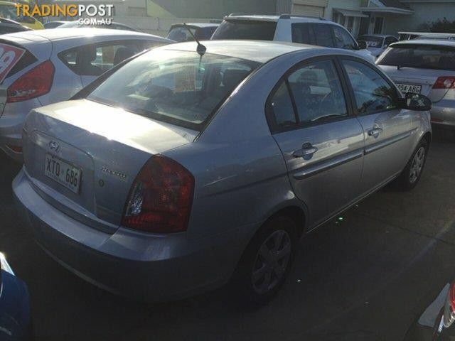 2006 hyundai accent mc sedan for sale in park holme sa. Black Bedroom Furniture Sets. Home Design Ideas