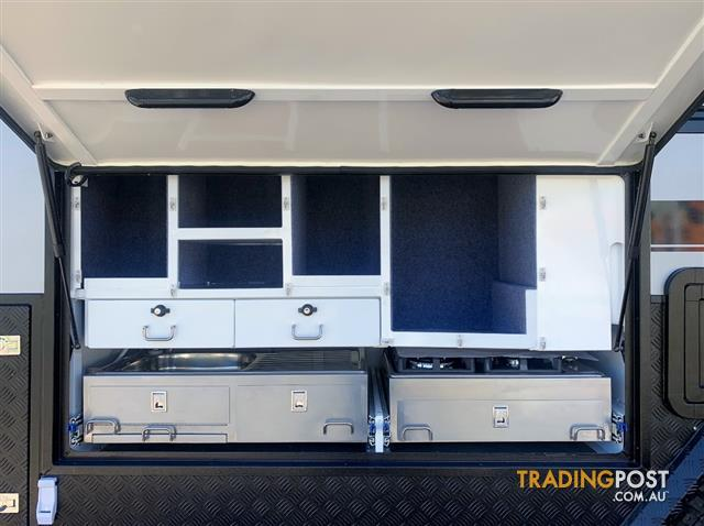 SIROCCO-White-Series-Hybrid-Caravan