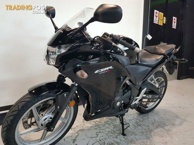 2012-Honda-CBR250R-250CC-MY11-Black