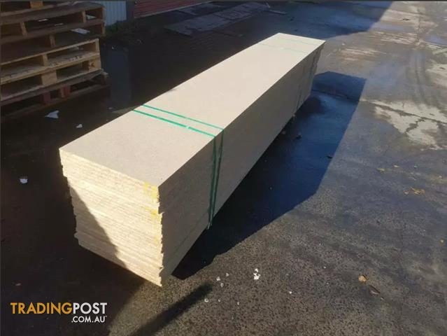 Chipboard 18mm 2720x450mm