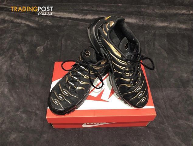 buy online ea3ea 71c3c Nike-Black-and-Gold-TNs-Size-12