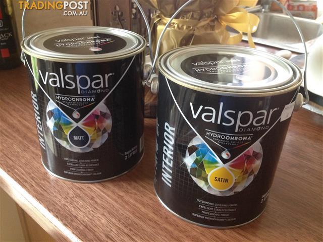 2l Satin & 2l Matt Valspar Diamond Hydrochroma SATIN paint / $ea