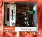 New Honeywell Pressuretrol Controllers (Model L404C 1113 2)
