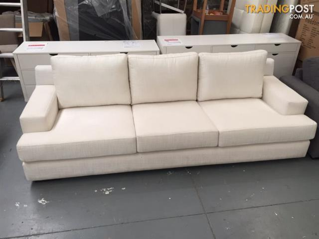 Stunning large ex display sofa for sale in dandenong vic for Big sofa technologies