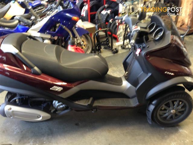 2007 piaggio mp3 250 250cc scooter for sale in helensvale. Black Bedroom Furniture Sets. Home Design Ideas