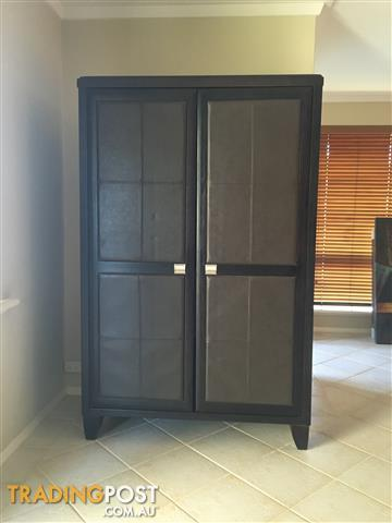 GRACE 5 PIECE BEDROOM SUITE AND WARDROBE/CABINET