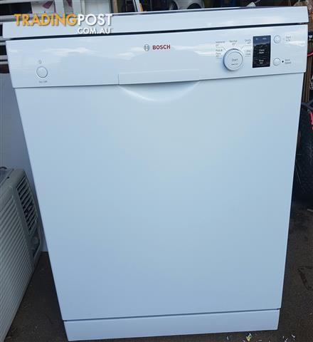 BOSCH White finish Freestanding Dishwasher SMS5032AU