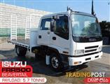 ISUZU FRR550 Tray-Top / Flatbed Truck with ramps