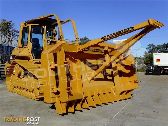 Heavy-Duty-Caterpillar-D5M-Bulldozer-Stick-Rake-Tree-Pusher
