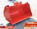 4 in 1 Bucket to suit 5 to 8 Ton KUBOTA BOBCAT YANMAR Excavators [1200 mm]