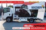 COMBO ISUZU NPR300 BEAVERTAIL Truck + Terex R160T Track loader