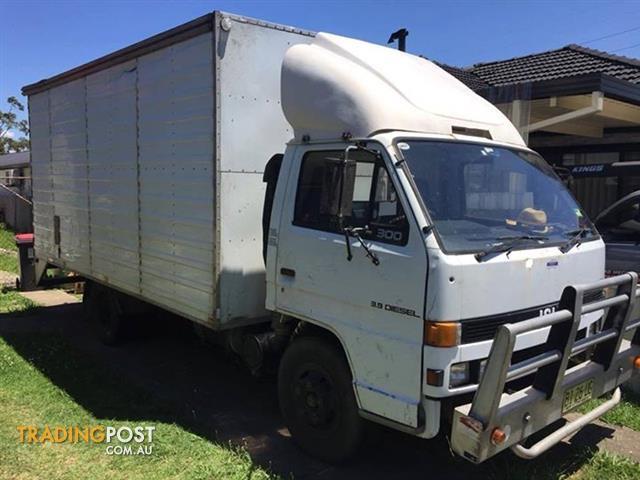 ISUZU Pantech Truck 1991 NPR 300 Sitec