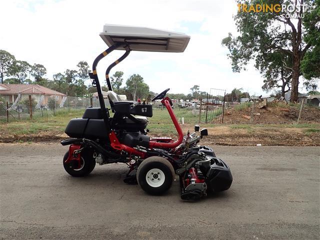 Toro-Triflex-3300-Golf-Greens-mower-Lawn-Equipment