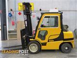 3.5 TON FORKLIFT  AIRCONDITIONED CAB